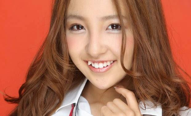 Trồng răng khểnh – làm đẹp nụ cười hiệu quả và an toàn