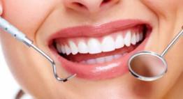 Làm răng sứ nên lưu ý gì? | Bác sĩ giải đáp – Bạn cần biết ngay